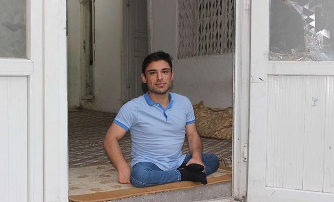 Büyük vicdansızlık... Cizre'de Bedensel engelli gencin tekerlekli sandalyesini çaldılar