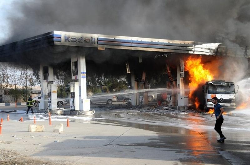 Cizre'de Petrol istasyonunda yangın.