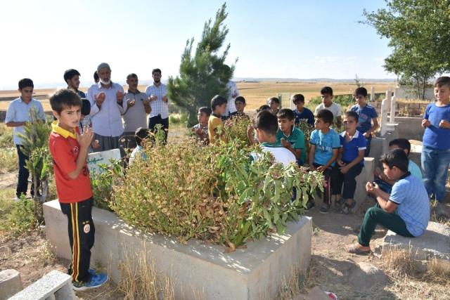 İdil'de PKK'lıların Katlettiği Köylülerin Yakınlarından Tepki