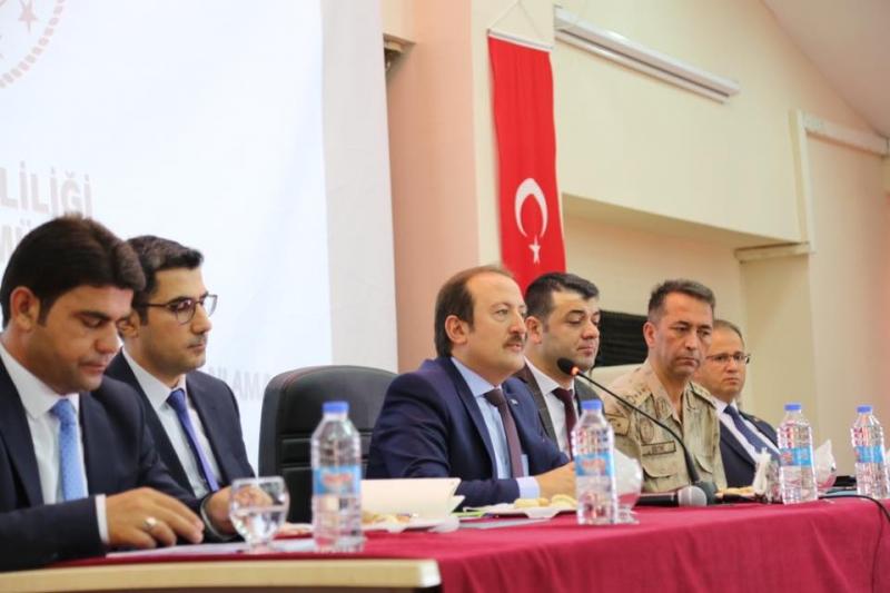 Okul Güvenliği Toplantısı, Vali Ali Hamza Pehlivan Başkanlığına Gerçekleştirildi