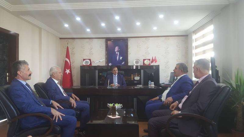 Şırnak  MHP İl Başkanı Nusret Özdemir  İdil Kaymakamı Zafer Sağ'ı ziyaret etti