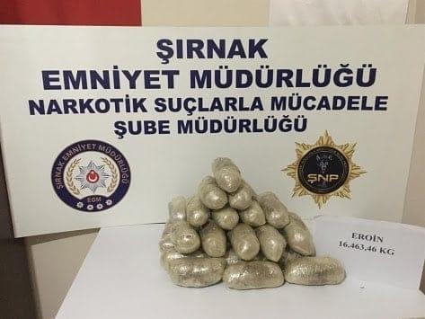 Şırnak'ta kaçakçılık operasyonlarında 13 kişi yakalandı