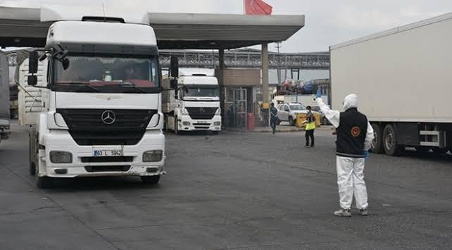 Şırnak'ta rüşvet operasyonunda gözaltına alınan 10'u polis 15 kişiden 5 polis tutuklandı.