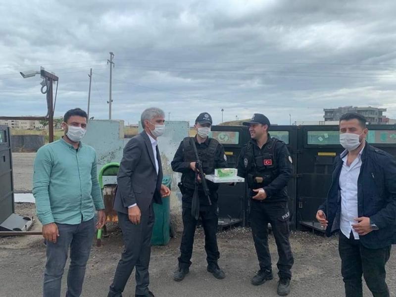 AK Parti idil ilçe Başkanı Murat Ay Güvenlik Güçlerini Unutmadı