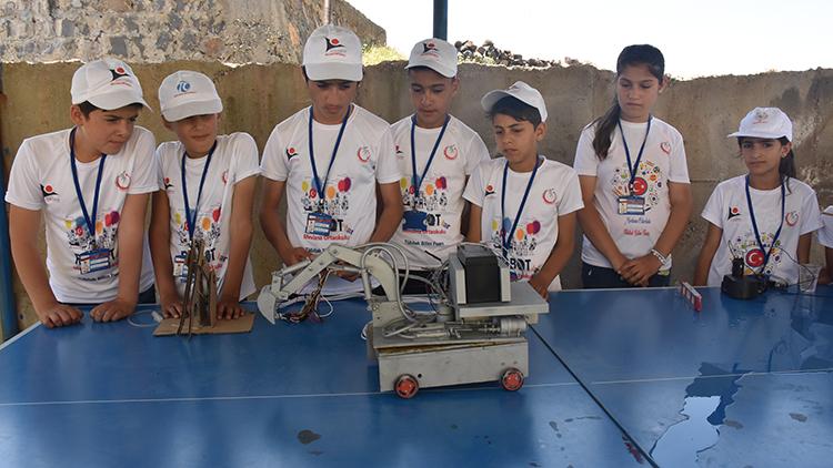 İdil'li öğrencilerden müthiş proje! Bedava elektrik ürettiler