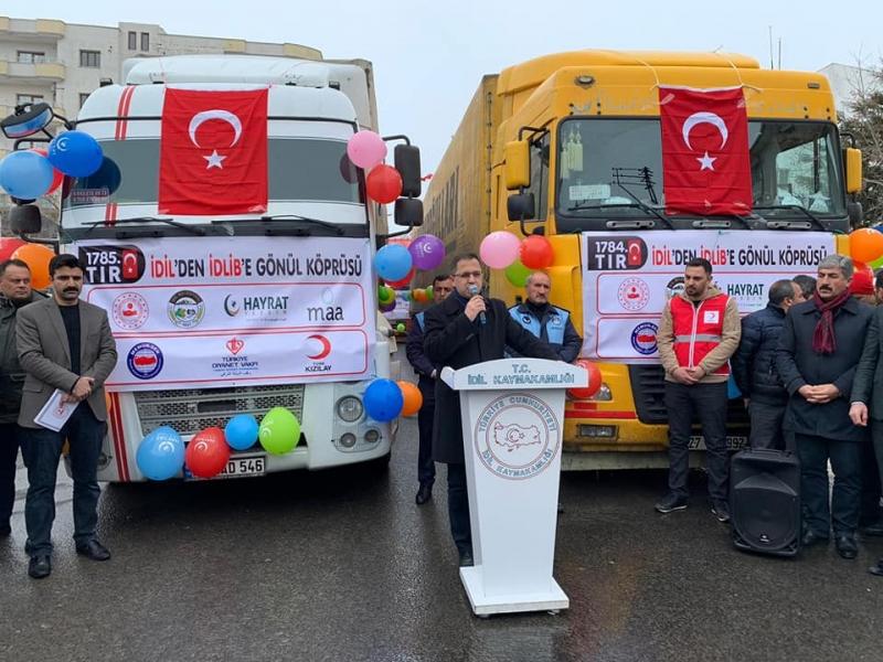 İdlib İçin Toplanan Yardım Yüklü Üç Tır  İdil'de Törenle Uğurlandı