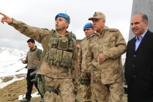 Jandarma Genel Komutanı Orgeneral Çetin, Kato Dağına Çıktı