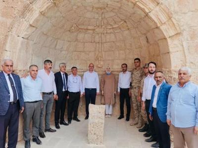 AK Parti Genel Başkan Yardımcısı Ömer İleri, idil'de Süryani köyünü ziyaret etti