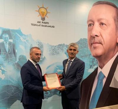 AK Parti idil İlçe Başkanlığına Murat Ay getirildi.