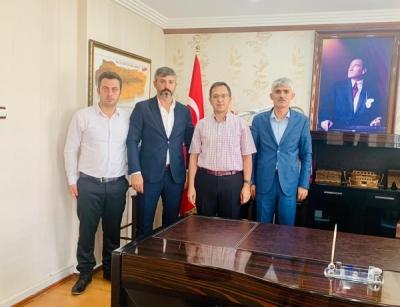 AK Parti idil İlçe Teşkilatı kurumları ziyaret etti.