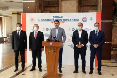 Çevre ve Şehircilik Bakanı Kurum, Şırnak'ta temaslarda bulundu