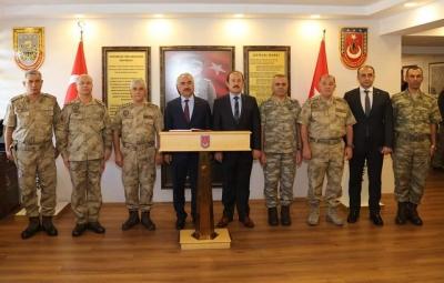 İçişleri Bakan Yardımcısı Mehmet Ersoy ve Jandarma Genel Komutanı Orgenaral Arif Çetin Şırnak'ta