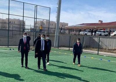 İdil Kaymakamı ve Belediye Başkan Vekili Refik Özsoy Öğrencilerle Bir Araya geldi.