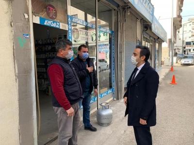 İdil Kaymakamı Ve belediye Başkan vekili Refik Özsoy, esnafı ziyaret etti.