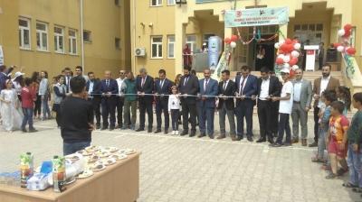İdil Mehmet Akif Ersoy Ortaokulunda TÜBİTAK bilim fuarı Açılışı Yapıldı.