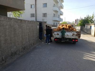 idil'de Ücretsiz soğan ve patatesler dağıtılmaya başlandı