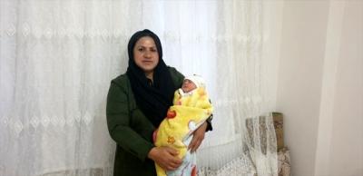 İdil'li  Aile, şehit Astsubay Esma Çevik'in adını kızlarında yaşatacak