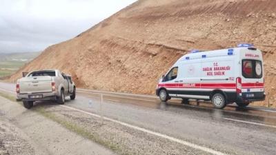 İdil'li Sağlık görevlilerinin bulunduğu pikap takla attı: 4 yaralı