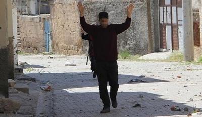 İkna edilen PKK'lı , Şırnak'ta güvenlik güçlerine teslim oldu