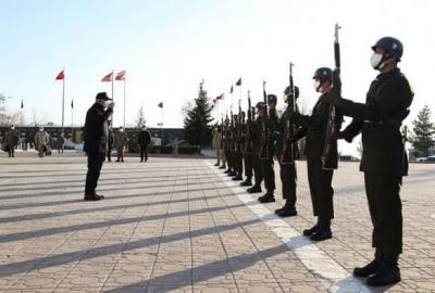 Milli Savunma Bakanı Hulusi Akar, çeşitli temaslarda bulunmak için Şırnak'a geldi.