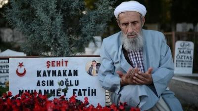 Şehit kaymakamın babası Asım Safitürk: Ateş, şehit yakınlarının kalbine düşüyor
