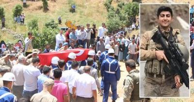 Şehit Mehmet Sait Barış, memleketi İdil'de son yolculuğuna uğurlandı