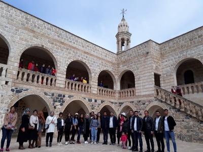 Şırnak Üniversitesi Öğrencileri İdil İlçemizi Gezdiler.