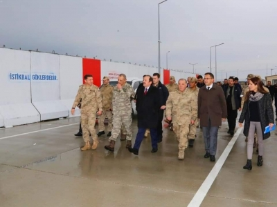 Şırnak Valisi Ali Hamza Pehlivan, Jandarma Taktik İHA Birlik Komutanlığını Ziyaret Etti