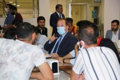Şırnak Valisi Ali Hamza Pehlivan, Cezeri Erkek Öğrenci Yurdunda Üniversitesi Öğrencileriyle Bir Araya Geldi.
