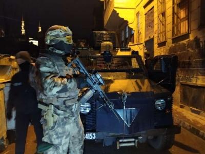 Şırnak'ta kaçakçılık operasyonlarında yakalanan 37 şüpheliden 2'si tutuklandı